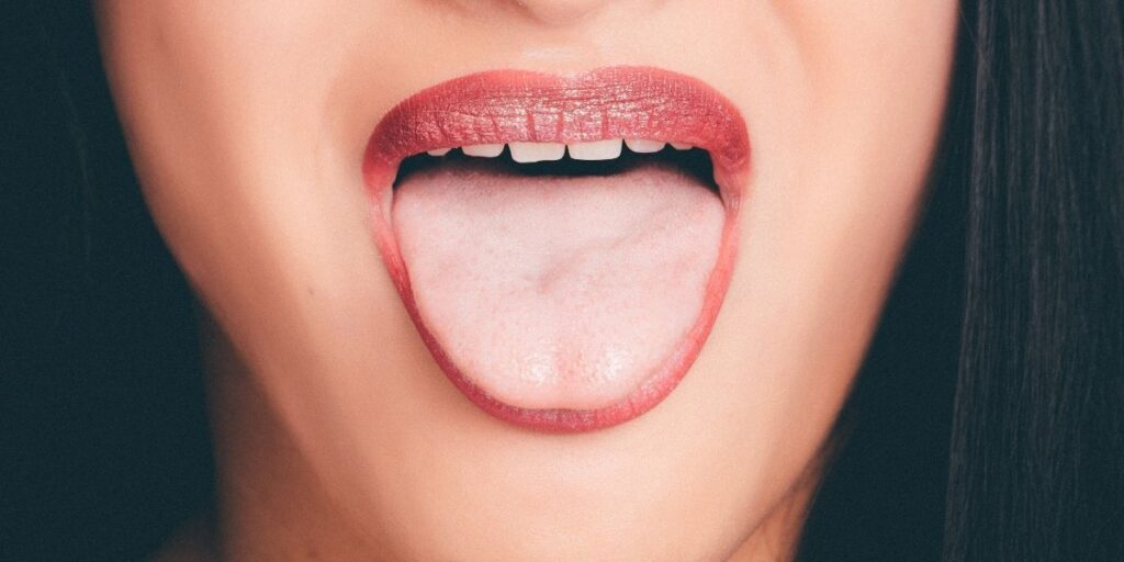 Detailed Guide to Dry Mouth Causes And Treatment