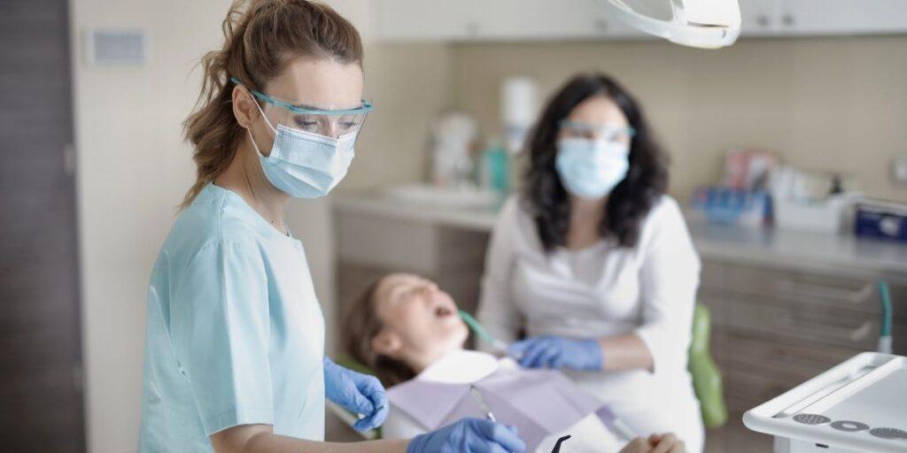 Dental Emergency - What Should We Do